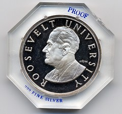 THE ROOSEVELT UNIVERSITY COURSE IN NUMISMATICS