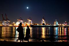 Wenn der Mond über Hamburg steht