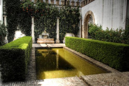 Pond. Reales Alcazares. Seville. Sevilla. Estanque.