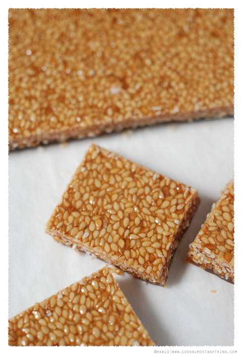 sesame seed caramels© by Haalo