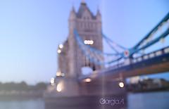 a.m.a.n.d.o.t.i. () Tags: bridge blue london bokeh blu ponte luci azzurro londra sfocata