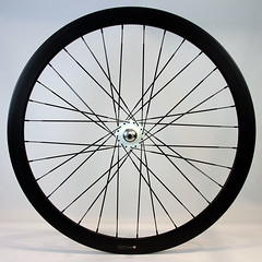 H+SON / FORMATION FACE RIM 700C 32H / REAR WHEEL / BLACK RIM + Starfuckers MOHICAN TRACK HUB WHITE