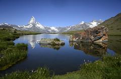 Matterhorn / Stellisee / Switzerland (JohannesMayr) Tags: matterhorn stellisee schweiz sunnegga 5 seen wanderung berge schnee switzerland zermatt wasser water mountein blau lake reflexions spiegelung