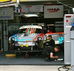 IMSA Performance Matmut - Porsche 997 GT3 RSR (Dave Hamster) Tags: pits porsche lemans motorracing motorsport 2010 76 autosport racingcars gt3 997 imsa pitwalk lesarthe matmut lmgt2 rsr enduranceracing lemans24hours porsche997gt3rsr imsaperformancematmut