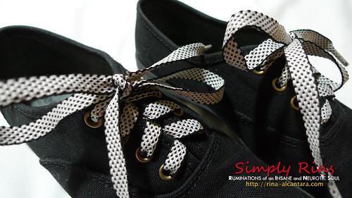 shoelace 03