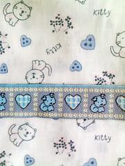 gatos, ces & coraes (coisinhasdateresa) Tags: co azul coraes gato fita troca tecido annimas botanlicas