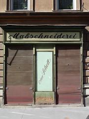 Maschneiderei Schett (phospho) Tags: vienna wien shop typography schild font type lettering calligraphy script schrift portals typedesign