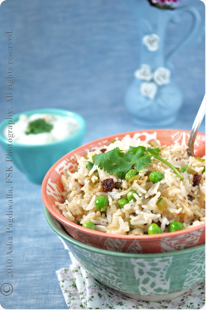 Fresh Peas and Rice close 1