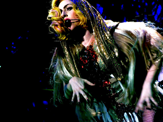 Gaga Angers Gays