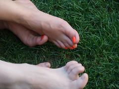 day-glo toenails