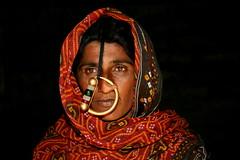 Asia - India / Jat people - tribe in Gujarat... (RURO photography) Tags: india scarf asia asahi muslim islam tribal piercing ring rings tribes asie tribe indi indien sindh anthropology indi banni tribo yat stam inde ethnology azi tribu hoofddoek sjaal moslim indland kutch  jat indija  stammen stmme etnia tribus jatt muslima ethnique tribue indegenous jath ethnie  yath tribalgroup  rudiroels fadingcultures islamiet ethnograaf ethnografisch vanishingculture culturasperdidas indegenoustribal jater dhanetajat dhaneta verdwenenculturen jatpeople tribalgirl indegenouspeople    tribus   underthescarf jattwoman yatpeople jattpeople