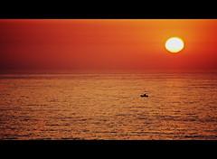 Vast ocean (gilxxl) Tags: portugal barco sony prdosol legacy oceanoatlntico fozdoarelho oceano tistheseason dslra100 cameradeourobrasil flickraward theunforgettablepictures platinumheartaward 100commentgroup micarttttworldphotographyawards platinumpeaceaward daarklands selectbestfavorites galleryofdreams flickraward5 mygearandmepremium pinnaclephotography ringexcellence gilbertooliveira gilxxl