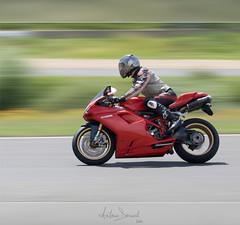Ducati 1098s (Antonin Douard) Tags: italien red monster rouge gold casey italian track italia motorbike moto motorcycle suzuki motogp carole ducati rim circuit rossi italie gp valentino stoner desmo gsxr 1198 jantes 1098 848 dores 1098s