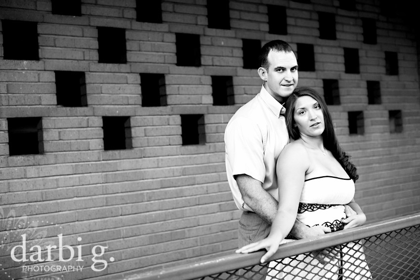 DarbiGPhotography-Kansas City wedding photography-engagement photography-Kansas City Country Club Plaza-106
