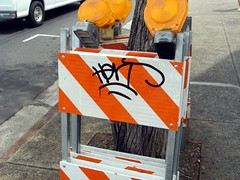 HERT 05 (rhem rhem) Tags: graffiti hawaii tag tags hert handstyle moiliili