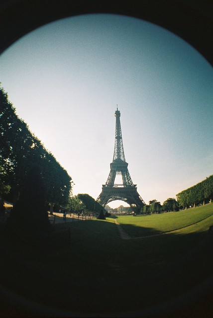 Lomo Fisheye_ Tour Eiffel #2