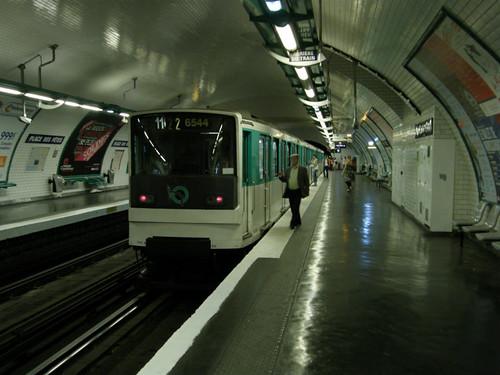 MP 73 à Place des Fêtes (10 juillet 2010)