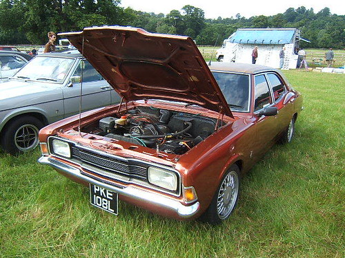 SEPTEMBER 1972 FORD CORTINA MK3 1600 XL 1993cc PKE108L