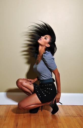 フリー写真素材, 人物, 女性, 髪がなびく,