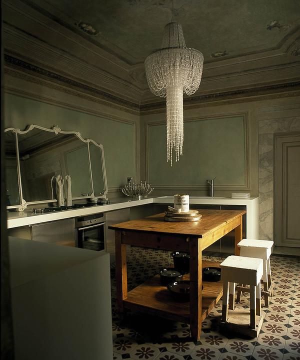 room with a view_chandelier_sarah klassen_haute design blog