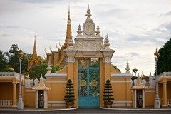 / Royal Palace (randomix) Tags: city architecture cambodia day outdoor buddhism phnompenh    ef70200mmf4lisusm hinayana