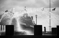 Charleston Waterfront Park Fountain (Anitab) Tags: bw water fountain girl silhouette play sparkle charleston