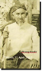 My Grand-grandfather (MangAndri ...on/off) Tags: eyang ciamis uyut jawabarat cikoneng rsuprihadi mangandri wanasigra rddjajadisastra ejangdjanggot nimspalwitarsih djajadisastra ejangitjih rdjajadisastra