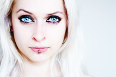 Miss Brightside with Ice Cold Blue Eyes (hannes.trapp) Tags: img236653 model shoot shooting missbrightside miss brightside portrait blueeyes blue eyes bright white canon eos 7d 50mmf18 piercing pierced woman face beauty beautiful lips labret augen blau blaue kalt labretpiercing blond blonde