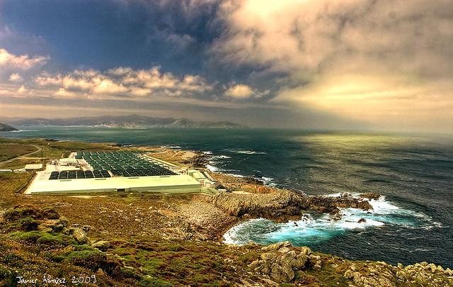 Estampas Gallegas - Piscifactoria de rodaballo al pie del Faro Vilan