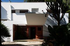 Casa Modernista (Plnio Dondon) Tags: sopaulo modernismo arquiteturamoderna casamodernista gregoriwarchavchik parquemodernista wwwdondoncombr wwwfacebookcompliniodondon