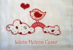 Detalhe in love (Lucia Helena Cesar) Tags: baby rose handmade embroidery rosa cruz bebe toalha menina ponto manta pompom riscos moldes aplique aplicao paninhos flanela enxoval patchcolagem