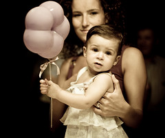 First birthday (ArTeTeTrA) Tags: portrait baby face 1 child baloon niece firstbirthday bibi ritratto
