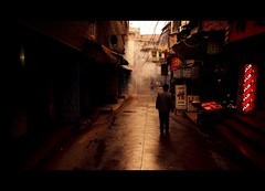 Shortcut (Michael Steverson) Tags: china new man cold wet sunrise canon asian alley chinese chinadigitaltimes 5d years guangxi markii liuzhou yearofthetiger ctrippic