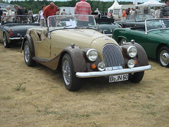 Morgan 4/4 (Lutz is free) Tags: auto berlin classic cars car vintage design spider classiccar vintagecar automobile convertible automotive voiture spyder coche topless vehicle oldtimer motor autos morgan cabrio macchina classiccars automobiles coches 44 styling sportscar vintagecars roadster barchetta vecchio cabriolet concoursdelegance britishcars  sportcars britcars drophead autostoriche oldtimermarkt auto mcar morgan44 classicdays 4car d car oldtimersport opentwoseater storiche classicdaysberlinbrandenburg elegance autorevueautoscarcarsclassic classiccarscochecochesconcours lutzisfree