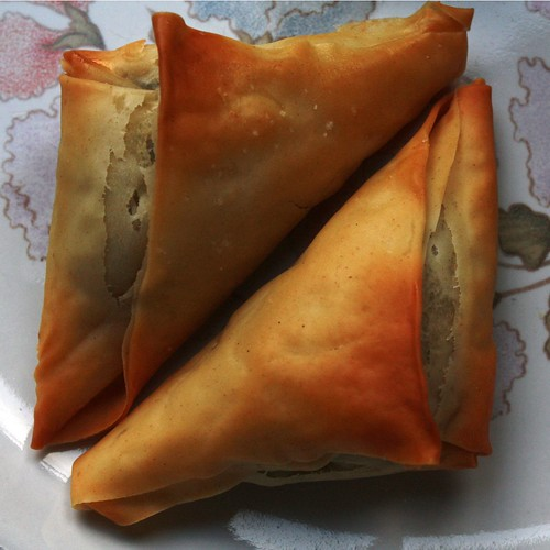 Armenian spinach puffs
