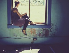 window painted (enjoythelittlethings) Tags: old abandoned window glass beautiful self montana mt dress crossprocess rusty flats ledge 365 peelingpaint billings billingsmt canon50d