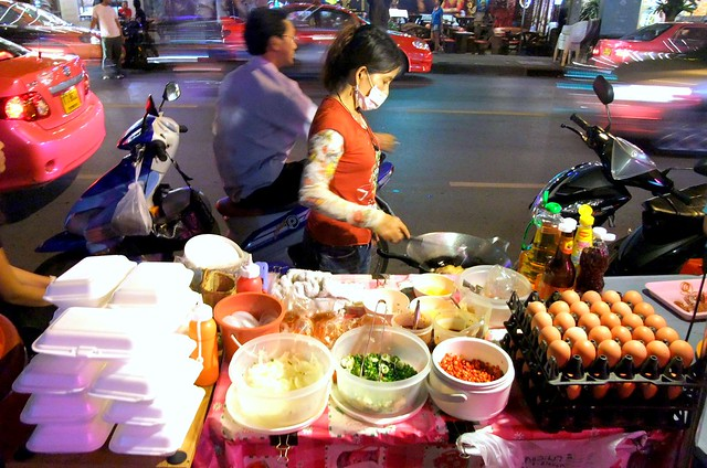 Patpong Fried Omelet Hawker