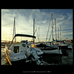 Marina Sunset (m@tr) Tags: mer france port canon puerto boat mar barco sigma aude portlanouvelle canoneos400ddigital languedocroselln mtr sigma1020mmexdc marcovianna imagenesdefrancia fotosdefrancia