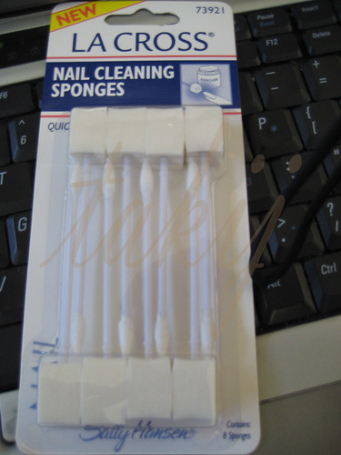 LA CROSS Nail Cleaning Sponges
