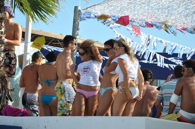 Party beach Zrce