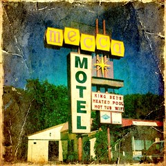 Mecca Motel (TooMuchFire) Tags: signs colorado coloradosprings motels mobilephonephotos cellphonepics iphone oldsigns cellphonephotos oldmotels plasticsigns iphonepics iphonetography iphonephotos meccamotel iphontography iphoneography iphoneprocessed iphone3gs picgrunger iphoneographie hipstamatic