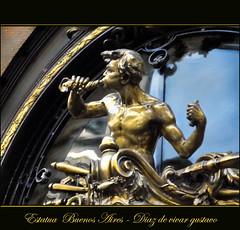 Estatua Buenos aires - Diaz de vivar gustavo (Diaz De Vivar Gustavo) Tags: street city argentina de arte sweet buenos aires gustavo invierno alegria estatua calles diaz divertido vivar