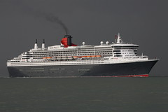 QUEEN MARY 2 (John Ambler) Tags: cruise 2 sign call ship mary queen solent cunard imo mmsi gbqm 9241061 queenmary2southampton 235762000