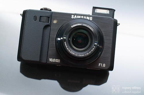 Samsung_EX1_Exterior_05