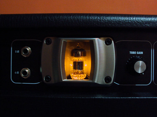 Amplificador Kustom Deep End (DE300) 4894926356_83bde90f56