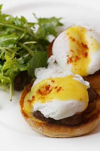 Krish Egg Benedict ($18)