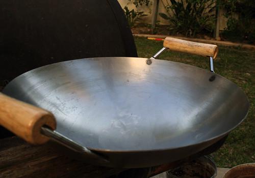 Clean wok