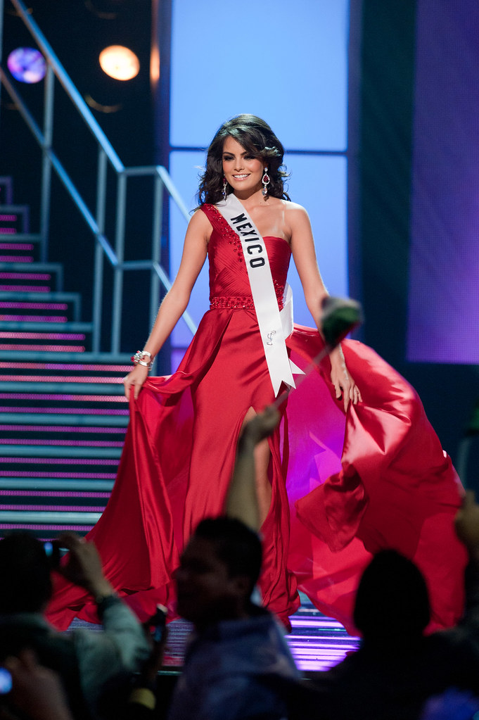 Miss México Miss Universo 2010 evening gown