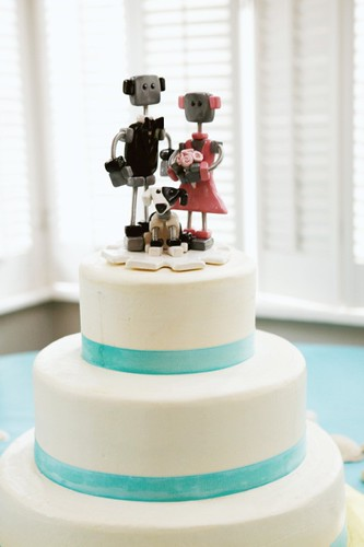 Robot Wedding Cake Topper - Cake & Bots