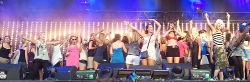 die keer dat er honderdduusd 16-jarige meiskes op het podium stonden in bikini.